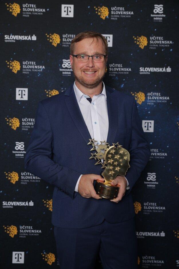 Učiteľom Slovenska 2019 sa stal Peter Pallo