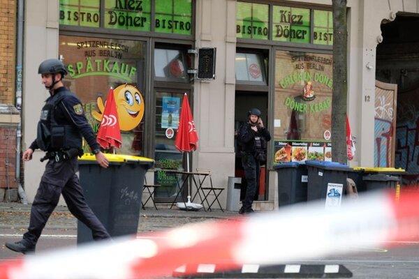 Policajný zásah po streľbe v Halle.