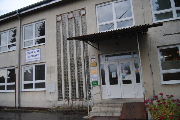 Zdravotné stredisko vo Veľkom Šariši.