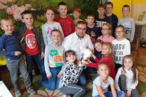 Peter Pallo, Učiteľ Slovenska 2019 a jeho aktuálna druhácka trieda.