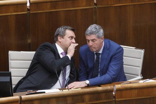 Šéf SNS Andrej Danko a šéf Mosta-Hídu Béla Bugár.