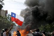Protivládne protesty v meste Santiago.