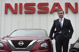 Šéf európskej divízie Nissanu Gianluca de Ficchy.