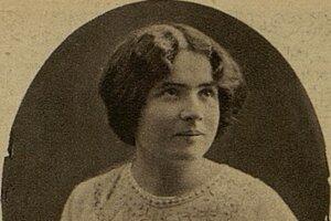 Hana Gregorová (1885 – 1958), manželka spisovateľa Jozefa Gregora Tajovského, bola tiež  spisovateľkou, osvetovou pracovníčkou a významnou osobou slovenského emancipačného hnutia. Vystupovala za právo žien na vzdelanie, za profesionálnu sebarealizáciu, za rovnoprávnosť vo verejnej i v súkromnej sfére.