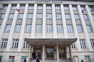 Budova Justičného paláca v Bratislave.