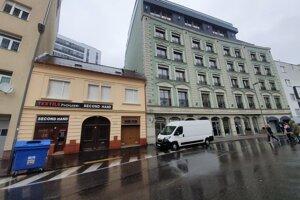 Budovy, ktorá vlastní skupina firiem okolo Jána Sabola.