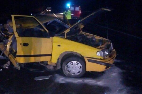 Pri tragickej nehode na Cemjate vyhasli dva mladé ľudské životy.