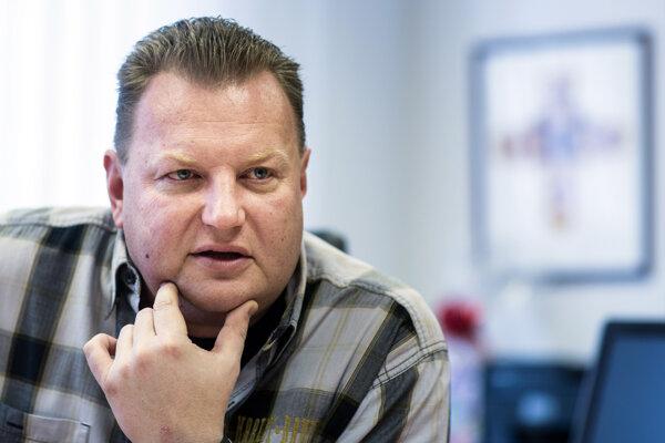 Šéf spoločnosti Regionálne cesty Bratislava Milan Valašík.