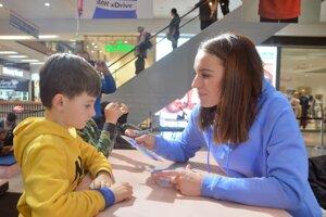 Paulína Fialková s fanúšikmi