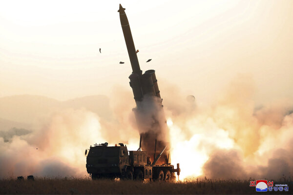 Severná Kórea neprestala s testovaním rakiet krátkeho doletu.