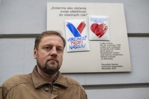 Tajomník Filozofickej fakulty Univerzity Komenského Radoslav Števčík.