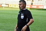 Skúsený rozhodca Marek Žofčák prvýkrát v kariére nariadil v jednom dueli poltucet penált.