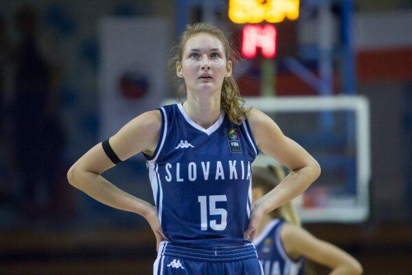 Nina Janštová v reprezentačnom drese.