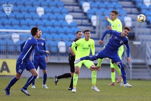Futbalisti FC Nitra (v modrom) - ilustračná fotografia.