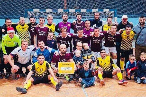 Spoločná fotka po benefičnom zápase v roku 2018.