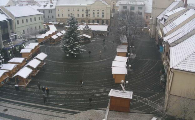 Pohľad na Trojičné námestie z webkamery