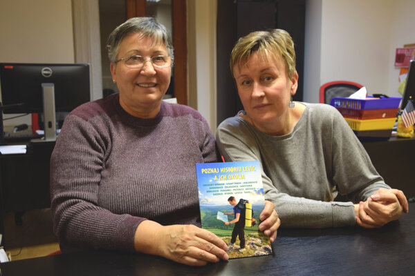 Autorky knihy (zľava) Anna Maračková a Marta Švoliková.