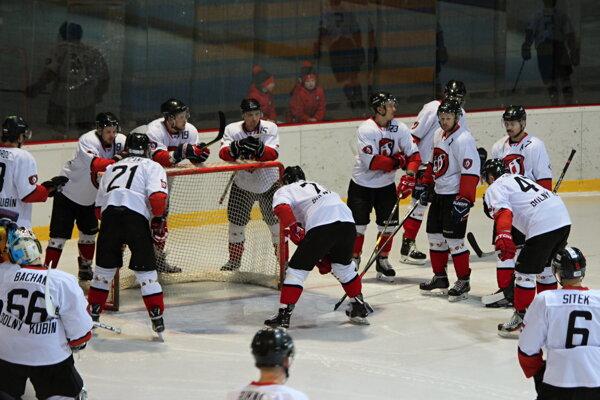 Dolnokubínsku sériu bez prehry zastavili hokejisti Brezna.