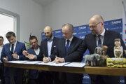 Tlačová konferencia koalície PS-Spolu počas podpísania Paktu o neútočení so stranou Sloboda a Solidarita (SaS) 16. decembra 2019 v Bratislave.