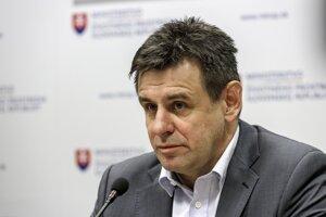 Na snímke podpredseda vlády a minister životného prostredia SR László Sólymos.