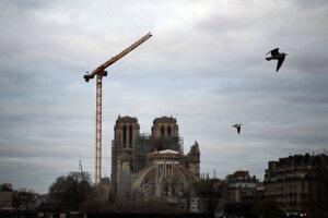 Rekonštrukcia Notre-Dame v Paríži.