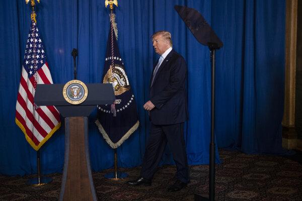 Donald Trump vo svojom zimnom BIelom dome v Mar-a-Lago.