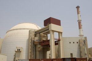 Reaktorová budova atómovej elektrárne v iránskom Búšehri.