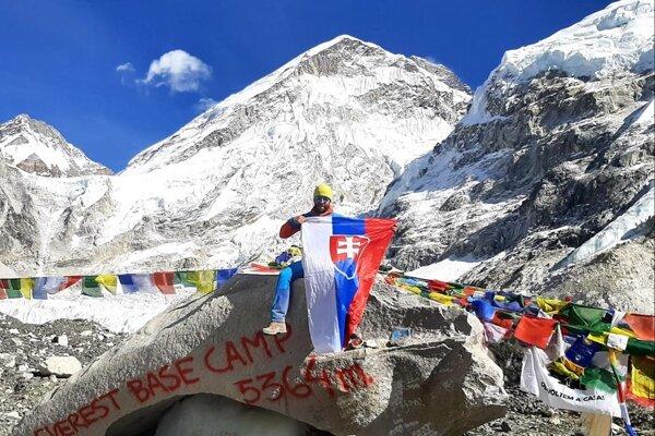 Martin Štetiar zKysúc si splnil jeden zo svojich snov, dokazuje to snímka zBase Campu Mount Everestu.