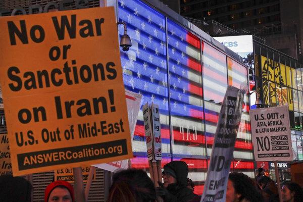 Protivojnová demonštrácia v New Yorku