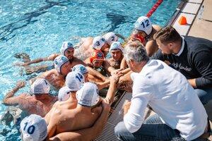 Muži Olympie účinkujú v najvyššej súťaži ako nováčik.