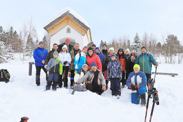 Na zimnom výstupe ku Kaplnke Anjela Strážcu v Habovke na Lánoch sa už jedenásť ročníkov zúčastňujú turisti z Habovky a okolia.