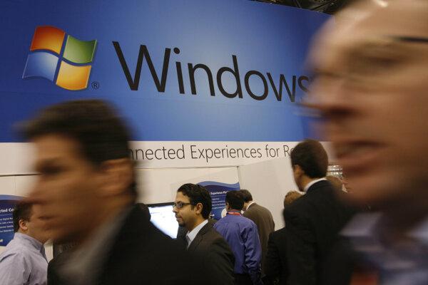 Systém Windows 10 má závažnú bezpečnostnú chybu, Microsoft odporúča stiahnuť novú aktualizáciu.