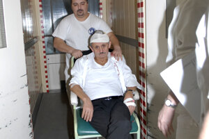Expremiér Mikuláš Dzurinda to s alkoholom prehnal na oslave prezidenta Rudolfa Schustera.