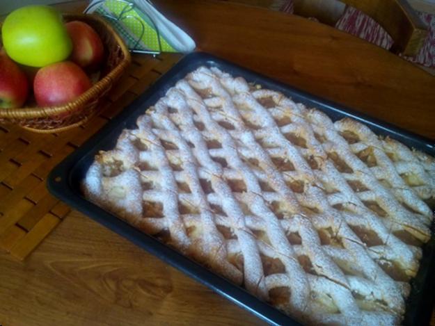 Jablkovo-tvarohový mrežovník