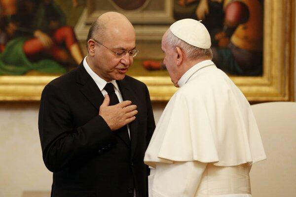 Pápež František s irackým prezidentom Barhamom Sálihom.