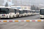 Stanica vo Zvolene počas zastavenia premávky prímestských autobusových spojov.