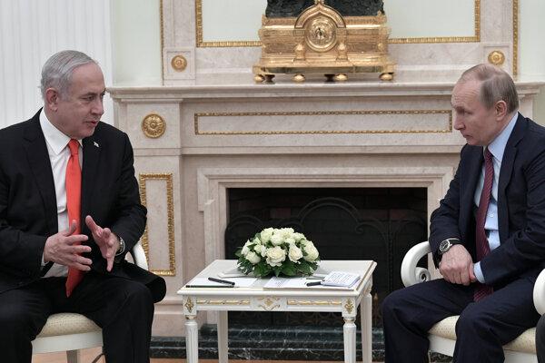 Izraelský premiér Benjamin Netanjahu na stretnutí s ruským prezidentom Vladmirom Putinom.