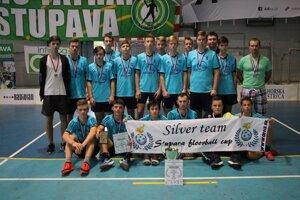 Čadčiansky výber obsadil na Stupava floorball cupe 2019 druhú priečku.
