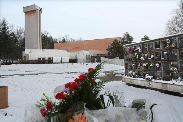 Košické krematórium roky spravovala súkromná spoločnosť. Teraz ho má spolu s verejným cintorínom v rukách mesto.