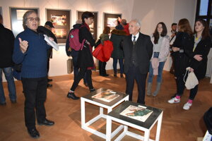 Vernisáž výstavy H/AMFO Roberta Spielmanna bola spojená s vyhlásením víťazov.