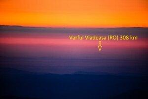 Z Kráľovej hole bolo vidieť Apusenské vrchy v Rumunsku.