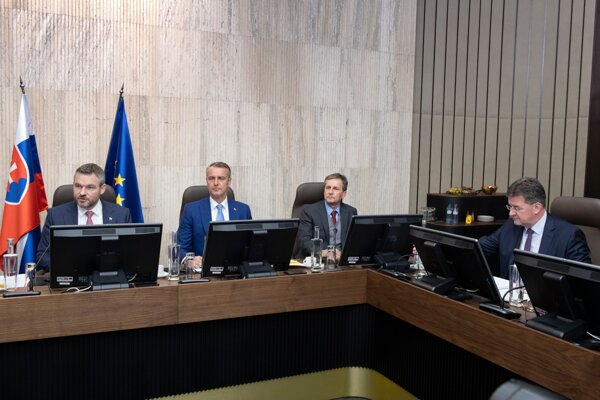 Zasadnutie 196. schôdze vlády SR.