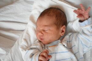 Timotej Pecucha (3770 g, 52 cm) sa narodil 9. februára Jane a Dominikovi z Krivoklátu.