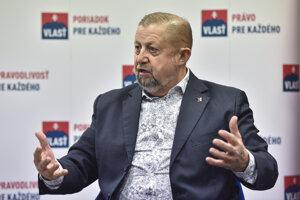 Predseda politickej strany Vlasť Štefan Harabin.