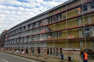 Národné lesnícke centrum pokračuje v rekonštrukcii svojej budovy vo Zvolene.