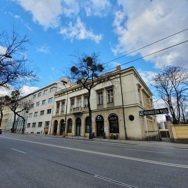 Vila Egona Bondyho, riaditeľa Kablovky
