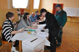Parlamentné voľby v Liptovskej Teplej
