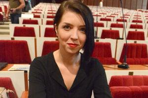 Trnka poveril právničku Zuzanu Slivenskú (31) vedením najväčšej organizácie kraja. Niektorým má prekážať, že im šéfuje žena.