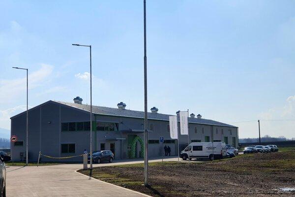 Nové skladové miesta na prípravky na ochranu rastlín v obci Milhosť.