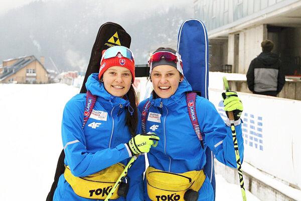 Sestry Remeňové stáli spolu na stupni pre víťazov.